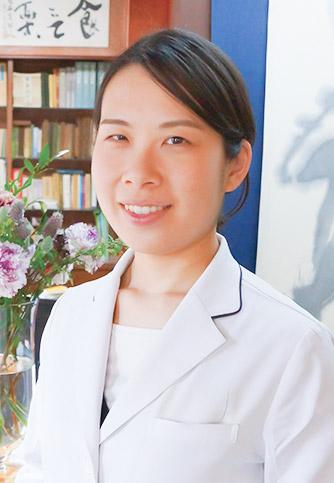 薬剤師 岩田 莎矢香