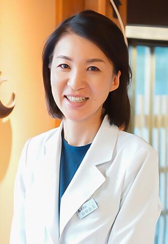 山田 由美